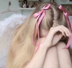 imagen descubierto por angel. Descubre (¡y guarda!) tus propias imágenes y videos en We Heart It Hair Inspo, Hair Inspiration, Estilo Dandy, Princess Aesthetic, Aesthetic Hair, Daddys Girl, Pretty Hairstyles, Hair Looks, Ideias Fashion