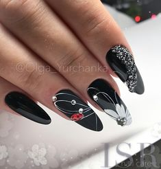 If you love red and black nail designs or looking for a special Halloween nail art look, get inspired by these fabulous red and black nail art designs! Beautiful Nail Art, Gorgeous Nails, Perfect Nails, Black Nail Designs, Nail Art Designs, Design Art, Cute Nails, Pretty Nails, American Nails