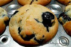 Fresh blueberry and sour cream muffins  http://www.hotdogsandwine.com/food-diary/2015/8/9/freshblueberry-and-sour-cream-muffins