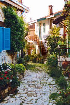 Lania Village, Limassol, Island of Cyprus. Beautiful Islands, Beautiful Places, Akrotiri And Dhekelia, Places To Travel, Places To See, Travel Around The World, Around The Worlds, Cyprus Holiday, Visit Cyprus