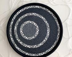 Mandala Art, Mandala Design, Mandala Rocks, Mandala Painting, Mosaic Flower Pots, Mosaic Pots, Pebble Mosaic, Mosaic Garden, Stone Art Painting