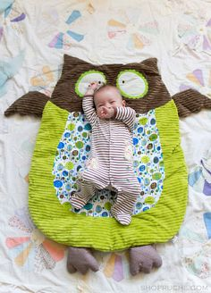 Owls for Baby. Not sure if this is diy or not, but very cute. I would love to make it