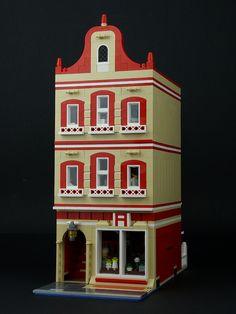LEGO Modular Building: Pharmacy