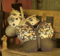 """SEGREDOS DA ARTE"": Almofada borboleta com molde"