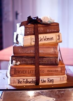 Book cake. Okay, so I wouldn't have this for my wedding, but if I were a groom, this would be my groom's cake. lol SO cool. book wedding, book lovers, book cupcakes, book clubs, books cake, wedding cakes cupcake book, book cakes, wedding cake books, birthday cakes