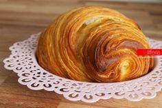 Croissant sfogliati | Ricetta base a prova di imbranato | lifferia