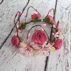 Baby woodland fairy flower crown perfect for fairy, whimsy or princess photoshoots! Newborn to Baby Girl size.