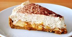 Recipe The best Banoffee Pie! by zarast, learn to make this recipe easily in your kitchen machine and discover other Thermomix recipes in Baking - sweet. Banoffee Pie, Dutch Recipes, Pie Recipes, Sweet Recipes, Dessert Recipes, Food Cakes, Cupcake Cakes, Delicious Desserts, Yummy Food