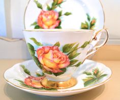 1960s paragon, harry wheatcroft china trio - peace design with pale yellow interior
