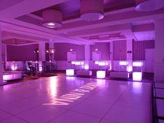 Sweet 16 club theme glow furniture dance party | Flickr: Intercambio de fotos