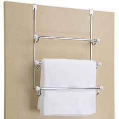 No more towels over the door or over the shower curtain! Ideal for your extra towels and for guest to hang their toiletry bag. An organized bathroom with Helena - A Personal Organizer.