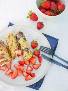 Grieß-Pfannkuchen mit Erdbeeren