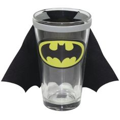 Batman Decal Pint Glass with Detachable Fabric Cape : Amazon.com : Kitchen & Dining