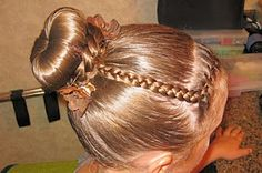The Perfect Bun @ Princess Piggies.  We used a bun mold from Sally Beauty Supply.