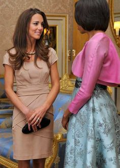 DISCOUNT DUCHESS: KATE MIDDLETON LOVES A GOOD BARGAIN - Kate meets Michelle Obama in a camel-colored Reiss dress