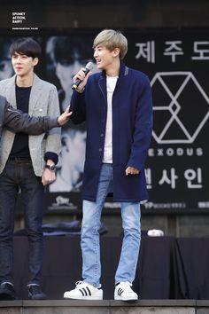 #Throwback Hình cũ - 150414 Jeju fansign