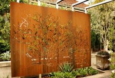 Screen Garden Partition – Creating Innovative And Creative Garden Design - http://decor10blog.com/decorating-ideas/screen-garden-partition-creating-innovative-and-creative-garden-design.html