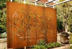 Screen Garden Partition – Creating Innovative And Creative Garden Design - http://decor10blog.com/decorating-ideas/screen-garden-partition-creating-innovative-and-creative-garden-design.html