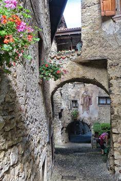 Borgo medievale di Canale di Tenno / Trentino / Italy Such a beautiful place! :)