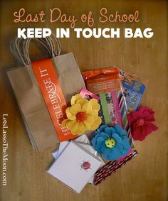 Keep in Touch Bag from Let's Lasso the Moon: Make these adorable bags for your kids to share with 1 or 2 friends from school as a great way to encourage keeping in touch over the summer. So sweet!