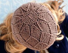 Free crochet pattern: Diamonds and Lace Hat