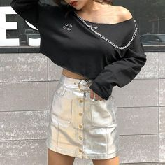 Gothic Women Black O-Neck Long Sleeve Sweatshirts Short Loose Metal Chain Pullovers Punk Style Hollow Out Plus Size Hoodies Punk Fashion, Fashion Outfits, Fashion Clothes, Womens Fashion, Plus Size Hoodies, Cheap Hoodies, Metal Chain, Gothic, Street Wear