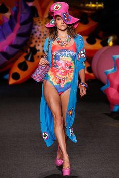 Alessandra Ambrosio for Moschino - Spring/Summer 2017 Menswear - Los Angeles.