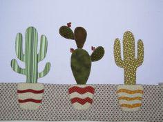 Pano de Copa Jardim de Cactus, em tecido 100% algodão. Cactus em patch bordado em ponto caseado. Sob encomenda, as estampas podem sofrer alterações, mantendo as tonalidades.