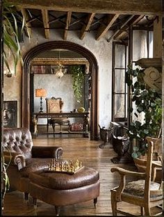 Gerard Butlers loft! He's not only the most gorgeous man alive, but has an amazing sense of style as well.