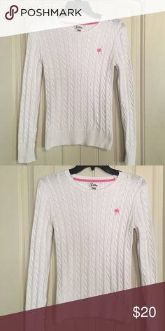 Lilly Pulitzer sweater In great condition. Only worn once. Size fits XS Lilly Pulitzer Sweaters