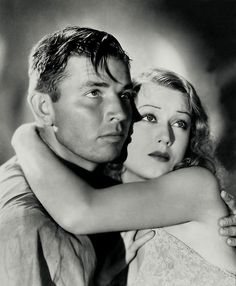 Fay Wray with Bruce Cabot in King Kong (1933)