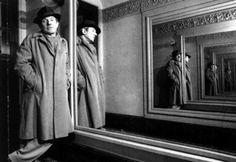 Deleuze as mirrored rhizome