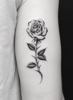 Tattoos have been and are still a big part of many to this day, and many people have one or more tattoos on their bodies. Many different cultures embrace tattoos, and they can bear many different m… Mom Tattoos, Cute Tattoos, Flower Tattoos, Body Art Tattoos, Small Tattoos, Tattos, Tattoo Art, Sexy Tattoos, Tatoo Rose