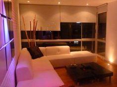 Este apartamento de 115 mtrs, con 2 habitaciones, 2 baños, el principal con tina, jacuzzi, cocina tipo americano, con estufa a gas, cuarto de ropa, chimenea, el apartamento tiene un diseño de luces especial en techo y piso, 2 parqueaderos, el edificio cuenta con, gym, sala de juntas, terraza para bbq, cuarto de bicicletas. Mas información y fotos en: http://www.clasinmuebles.com/properties/bogota/apartamento-en-rosales-715.html