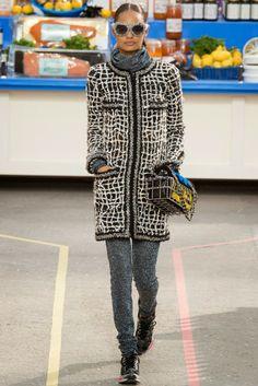The Spell Of Fashion: Chanel Prêt-à-porter otoño/invierno 2014-2015 http://themariopersonalshopper.blogspot.com.es/2014/03/chanel-pret-porter-otonoinvierno-2014.html
