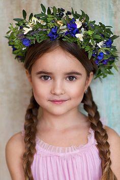 Milana by Aleksandra Loginova Milk Bath Photos, Russian Baby, Close Image, Fabric Flowers, Kids Girls, Photoshoot, Photo And Video, Beautiful, Jewelry