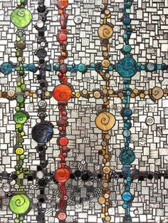 Spiral Plaid - Delphi Stained Glass artist is Kelley Knickerbocker (Rivenworks Mosaics) Tile Art, Mosaic Art, Mosaic Glass, Mosaic Tiles, Stained Glass, Glass Art, Mosaic Crafts, Mosaic Projects, Mosaic Designs