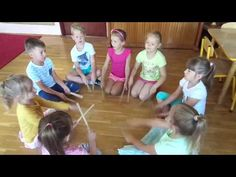 Ucha nadstawiam słucham jak gra, muzyka we mnie - w muzyce ja - YouTube Activity Games For Kids, Games For Toddlers, Kindergarten Music, Teaching Music, Music Education, Kids Education, Brain Gym For Kids, Instrument Percussion, Music Maniac