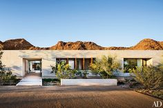 Tour This Extraordinary Contemporary Residence in Arizona's Paradise Valley - Architectural Digest Architectural Digest, Limestone Block, Phoenix Arizona, Spanish Style, Bungalow, Curb Appeal, Exterior Design, Modern Architecture, Future House