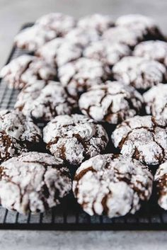 Double Chocolate Crinkle Cookies are a Christmas classic with soft and fudgy centers and a sweet crackled exterior. Make these for your Christmas cookie platters this year! Double Chocolate Chip Cookie Recipe, Chocolate Crackle Cookies, Cocoa Cookies, Chocolate Crinkles, Crinkle Cookies, Roll Cookies, Tea Cookies, Powdered Sugar Cookies, Images Of Chocolate