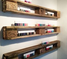 shelves made of Europallets