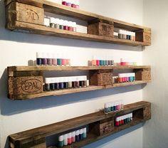 shelves made of Europallets