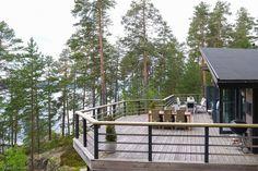 223 m² Pulsanlahdentie 47910 Kouvola Omakotitalo m. Countryside, Pergola, Villa, Deck, House Styles, Winter, Outdoor Decor, Summer, Beautiful