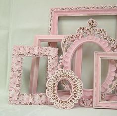 Shabby Chic Picture Frame Pastel Pink Picture Frame Set Ornate Frames Wedding Nursery Shabby Chic Home Decor. Find on Etsy Rosa Shabby Chic, Shabby Chic Vintage, Style Shabby Chic, Shabby Chic Stil, Shabby Chic Kitchen, Shabby Chic Homes, Shabby Chic Decor, Vintage Pink, Pink Vintage Bedroom