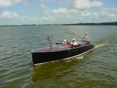 Chris Craft Commander Forum: Hello from Mt. Dora Florida ( 2007 Antique and Classic Boat Show )