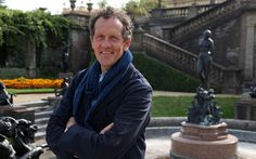 The Secret History of the British Garden Ep1 Monty Don uncovers the extraordinary stories behind Britain's 17th-century gardens. Starting his journey at the sole surviving garden of the 1600s - Lev...