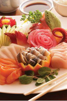 Fresh and tasty sushi at Crave American Kitchen + Sushi Bar at Mall of America, Bloomington, Minnesota