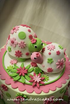 turtle cake, how cute are those?!