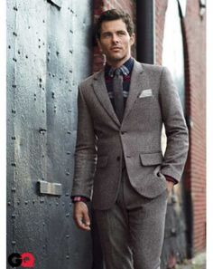 Pattern shirt with one color tie. Brownish Grey suits work if you have the colored shirt underneath.
