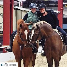 How adorable is this photo!? Tag us in your pictures from the 70th PA National! #Repost @jottusa .  JOTT friends!  #JOTT #JOTTUSA #Equestrian #EquestrianStyle